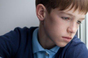 adolescent triste et deprime